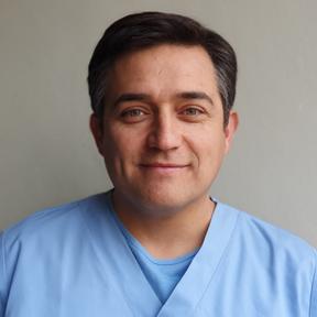Dr. Hernán A. Ramírez Castex